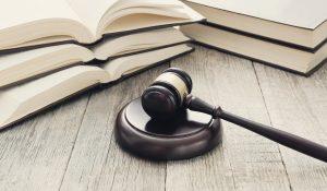 vittoria tribunale d crotone laurea e 24 cfu è titolo abilitante